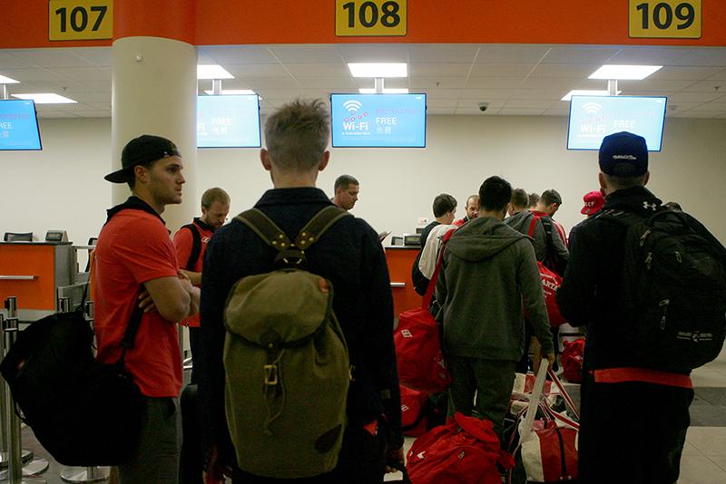 Хоккеисты «Спартака» отправились на сбор в Чехию